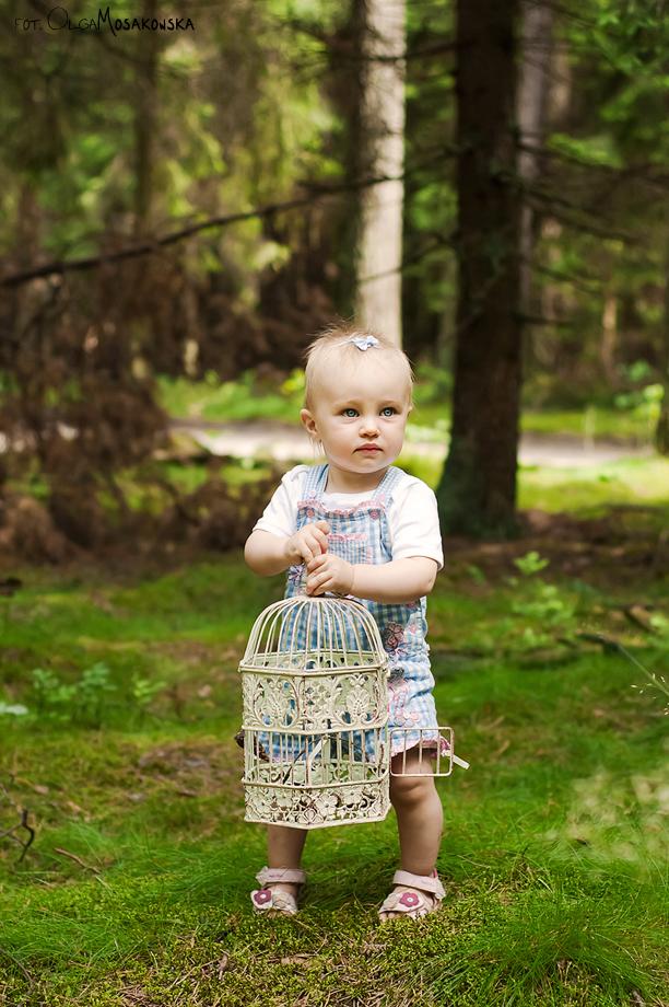 Sesja dziecięca w lesie. Fotografia stylizowana Olsztyn