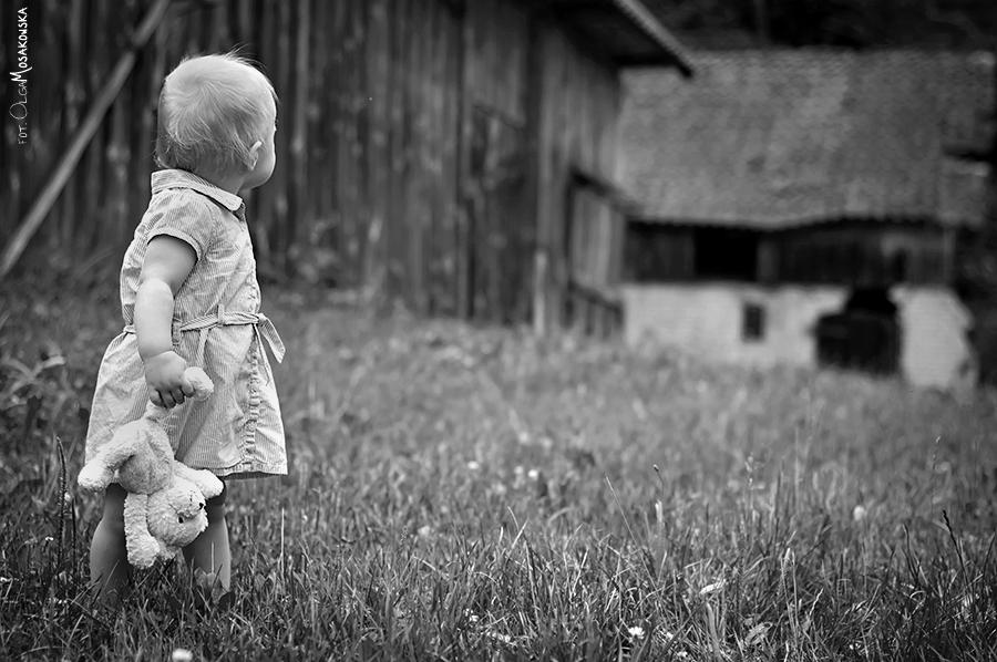 Zdjęcie dziecka w plenerze, Gutkowo Olsztyn.