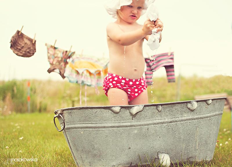 Sesja zdjęciowa dziecka - wakacyjna moda.