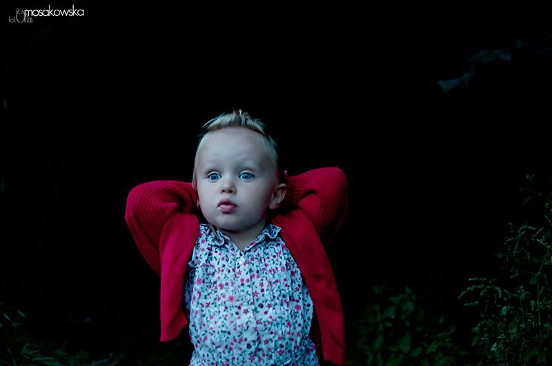 Zdjęcie dziecka w lesie, Olsztyn.